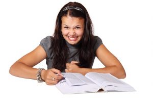 kesalahan penulis pemula, mengatasi kesulitan menulis
